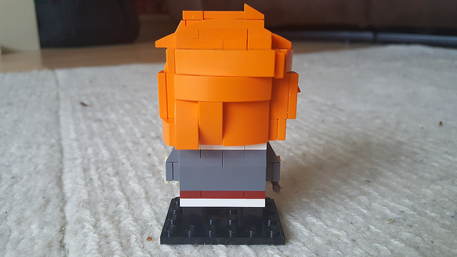 The back of Ron Weasley represented in the Lego Brickheadz style